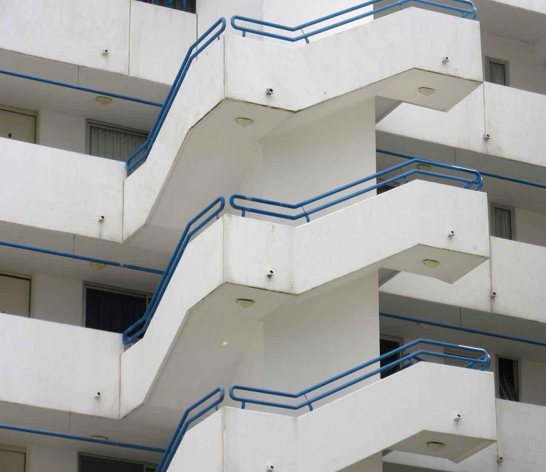 Außentreppe Sachverständiger und Gutachter für Immobilien Bernd A. Binder